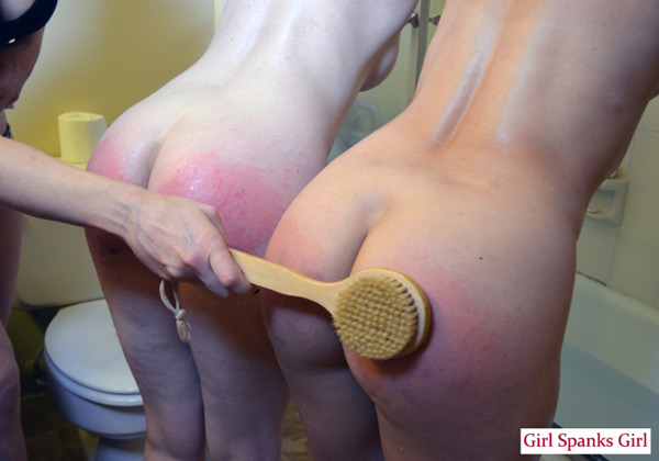 Veronica Ricci spanks Amelea Dark and Lana Lopez with a bath brush