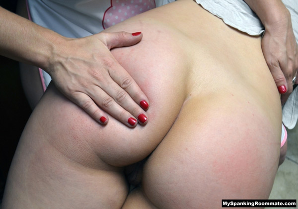 Mia Vallis's lovely bottom close-up getting spanked